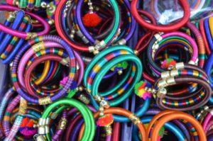 accessoires accessoire Bangles Bracelets couleurs coloré couleurs modèle