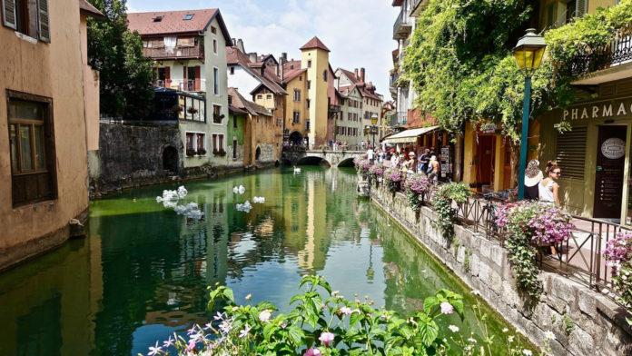 Où se loger à Annecy ?